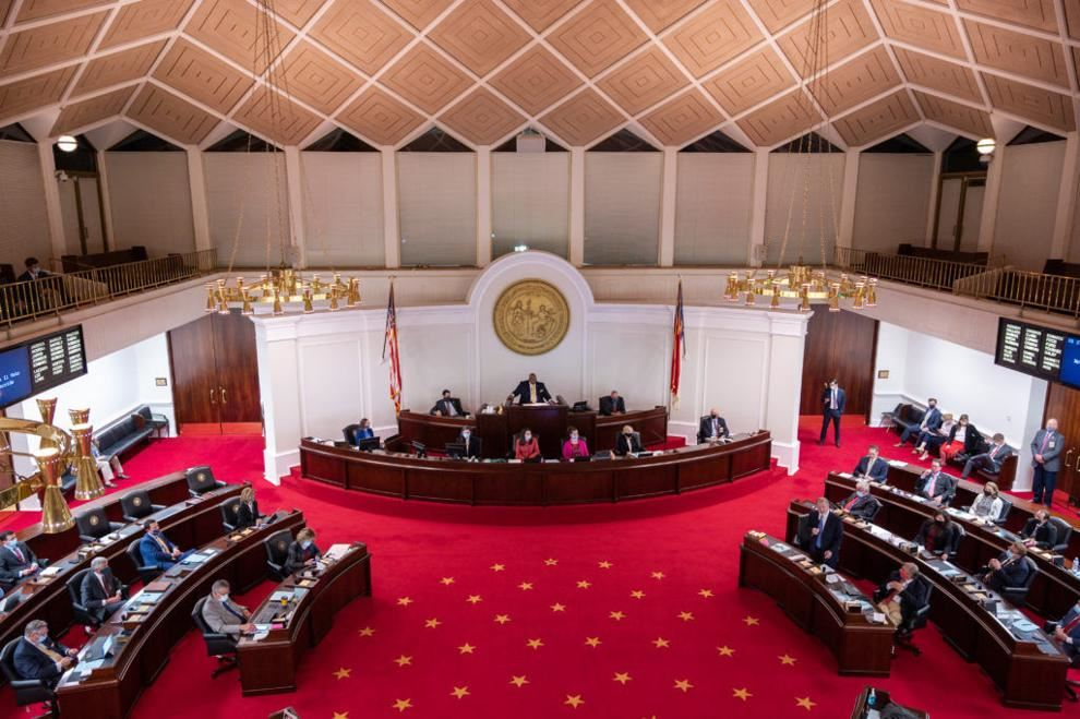 House K-12 Education Committee Advances Voucher Expansion, Student Discipline Changes